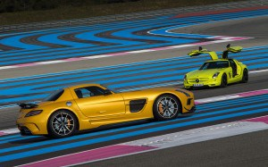 2014-mercedes-benz-sls-amg-electric-drive-Park-Place-Dallas-300x187